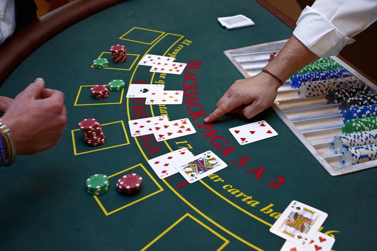 Penjelasan Tindakan Dalam Game Judi Blackjack